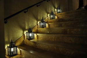 staircase-arabic-lights